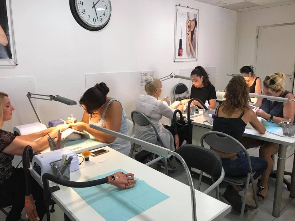 Salle de formation ongles